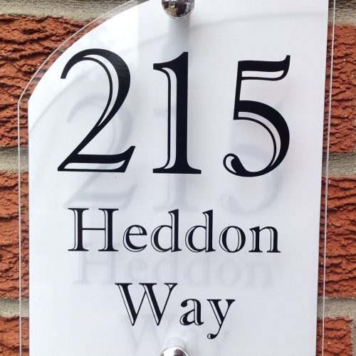 MODERN CURVED HOUSE SIGN / PLAQUE